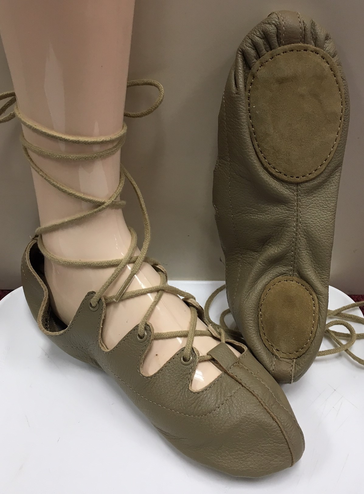 Capezio Split Sole Ghillie