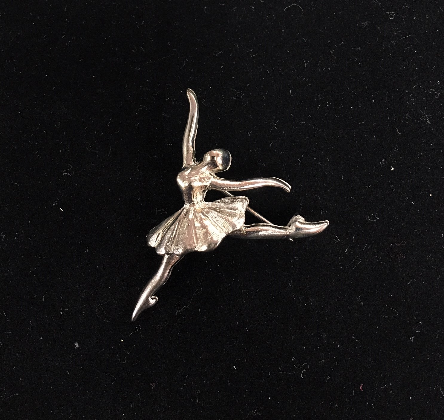 Barry's Pointe Dancer Pin