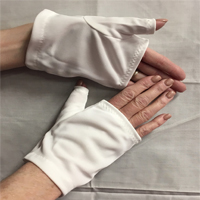 Barry's Wrist Length Nylon Mitt