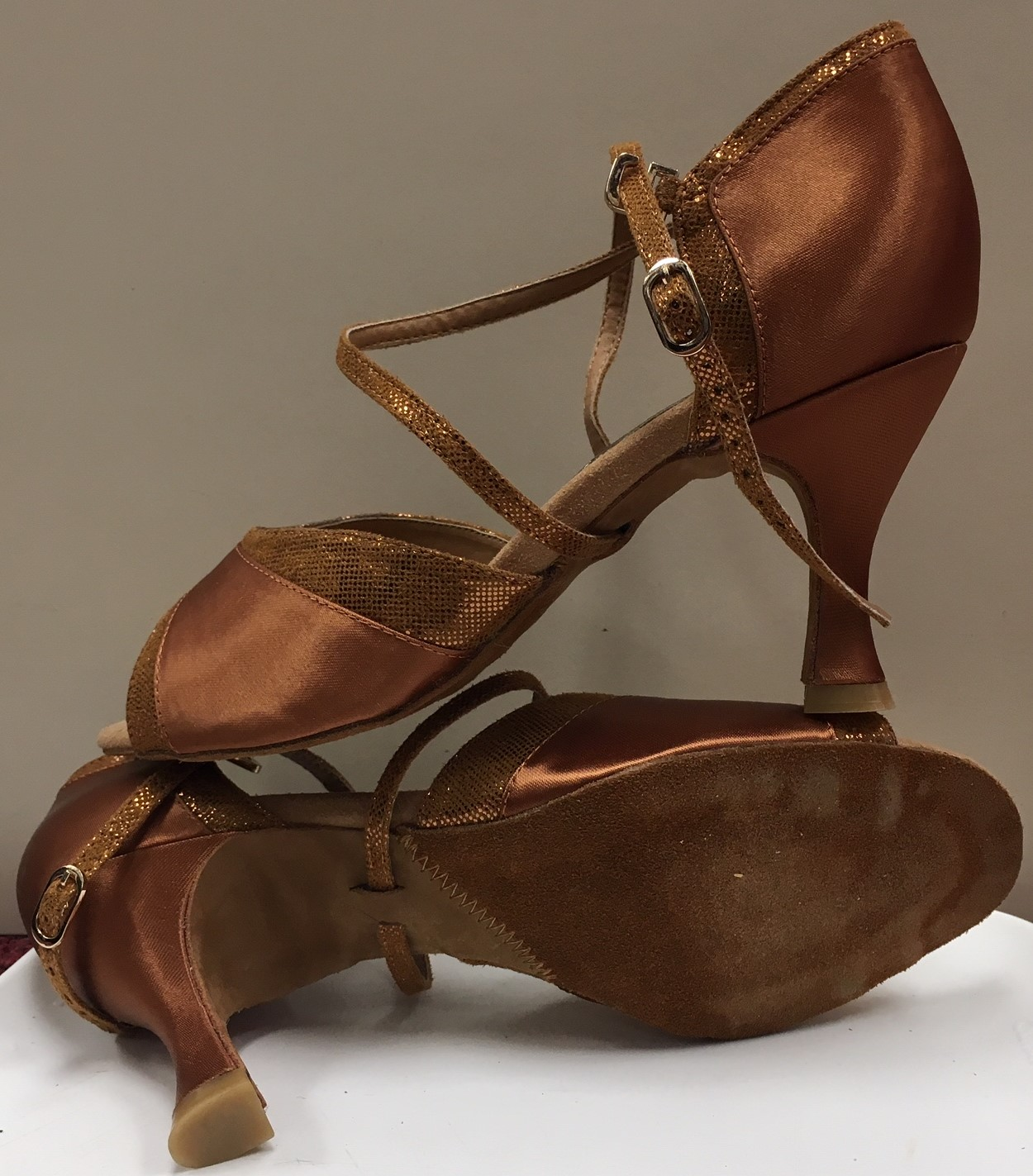 Capezio Women's Nadia 2.5 Inch Flared Heel Ballroom Shoes