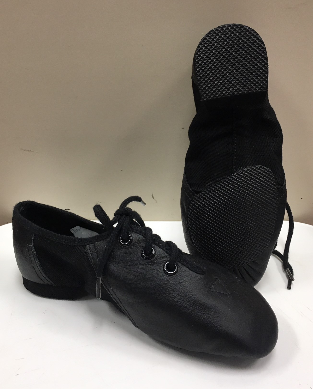 Bloch Leather/Canvas Split Sole Jazz Shoe